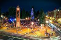 Community Tree Lighting - Downtown Vancouver USA