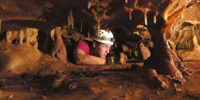 Natural-Bridge-Caverns---Discovery-Adventure-Tour