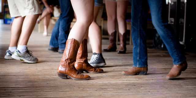 Gruene Hall - Cowboy Boots - Dancing