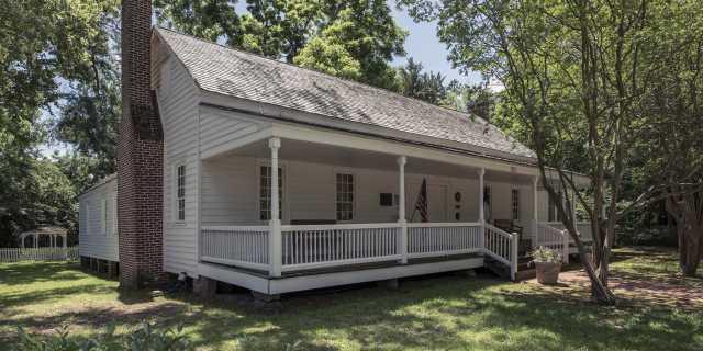 The Sterne Hoya House