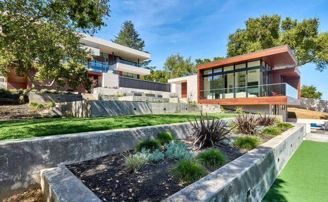10718 Mora Dr Los Altos Hills Ca 94024 Sotheby S