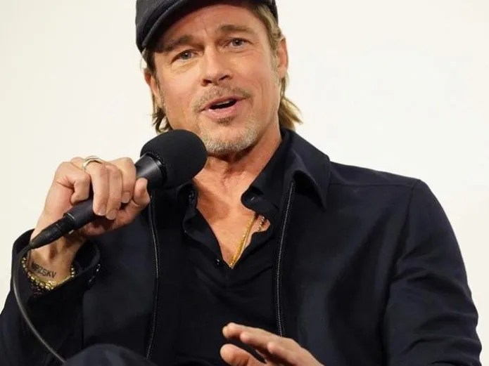 Brad Pitt, before the pandemic is changing jobs and what it does wrong.(Especially Instagram)
