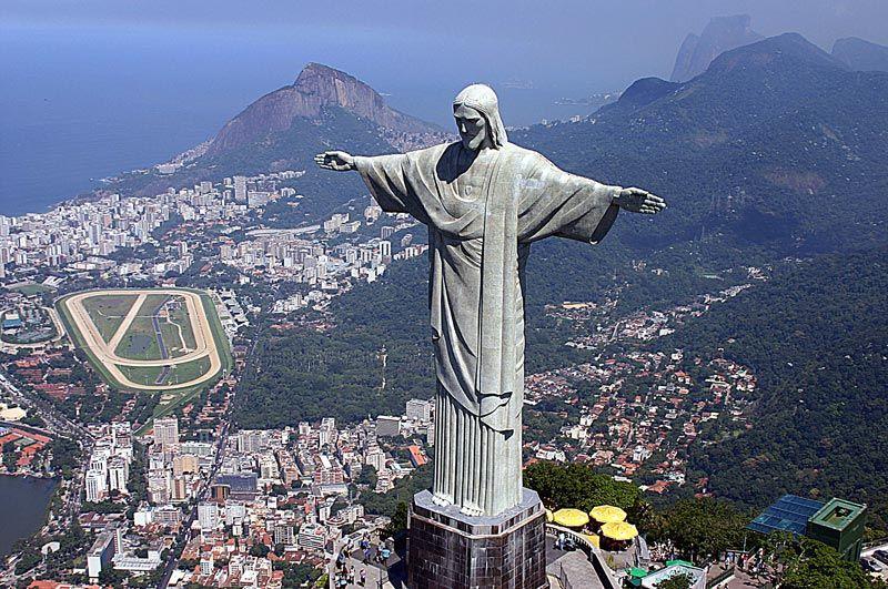 Imagini pentru statuia lui Cristos Mantuitorul din Rio de Janeiro, photos