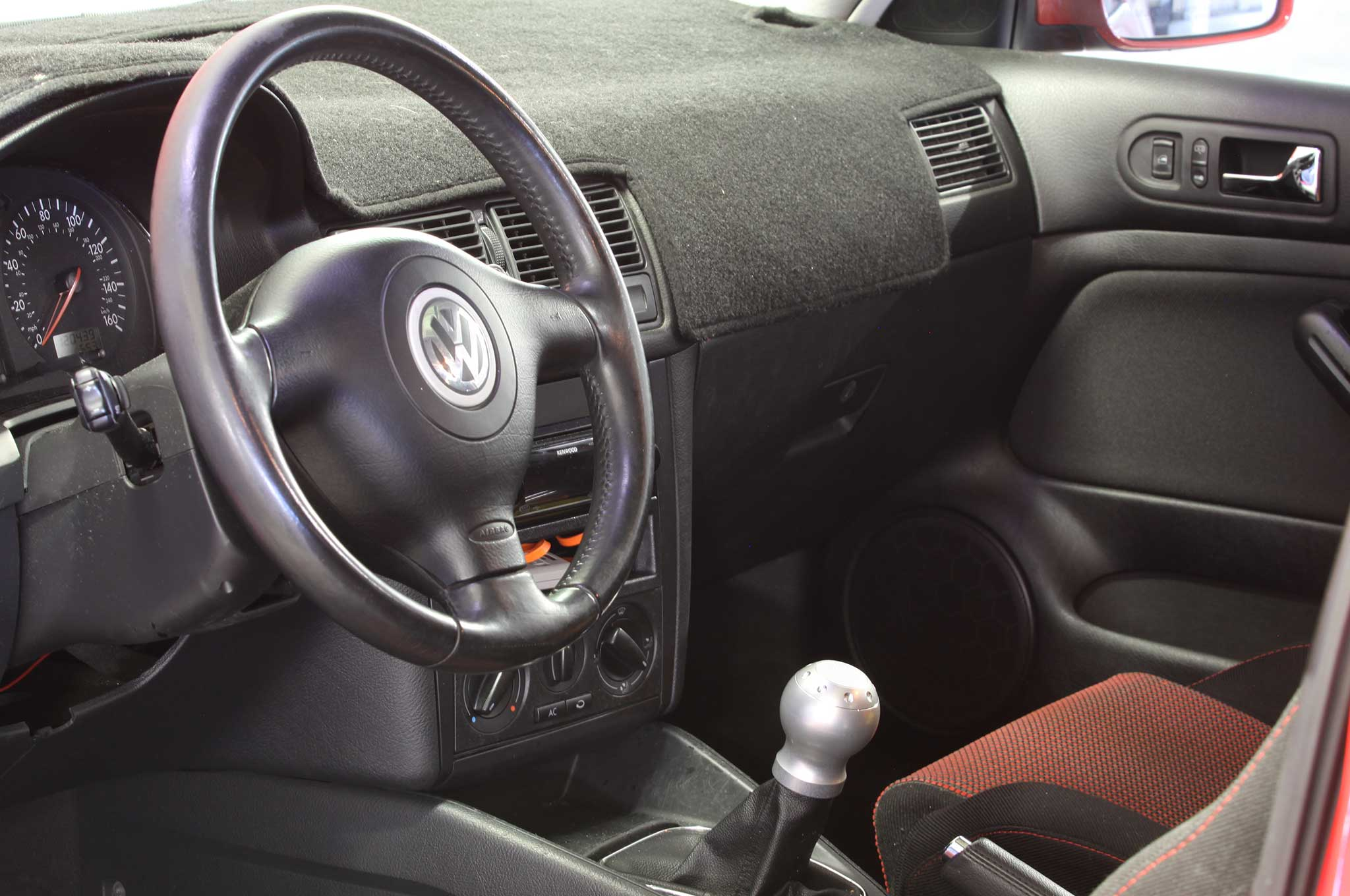 hight resolution of 2004 vw gti interior
