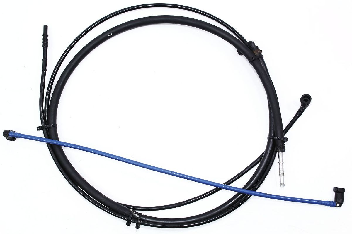 Under Carsel Fuel Lines 99 5 04 Vw Golf Jetta Mk4