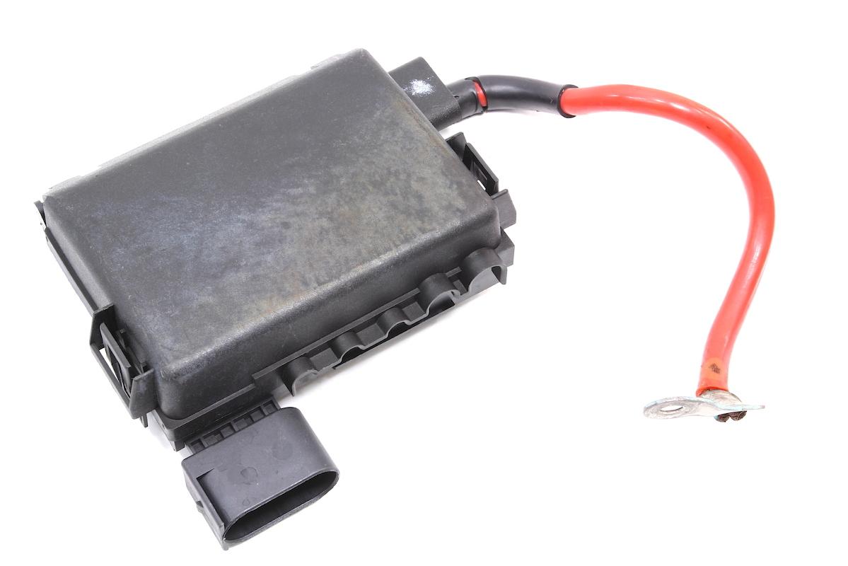 hight resolution of battery distribution fuse box vw jetta golf gti beetle mk4 2000 vw beetle battery fuse box 2002 vw beetle battery fuse box
