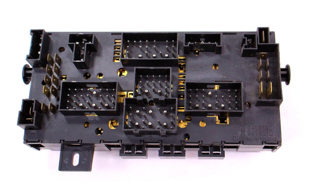 hight resolution of 171 fuse box fuse block fusebox 85 92 vw jetta golf gti mk2 genuine 171