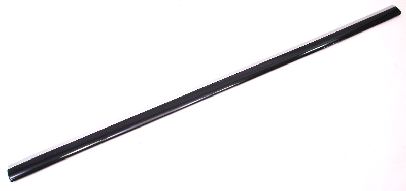 RH Front Door Molding Chrome Trim Rub Strip 01-05 VW