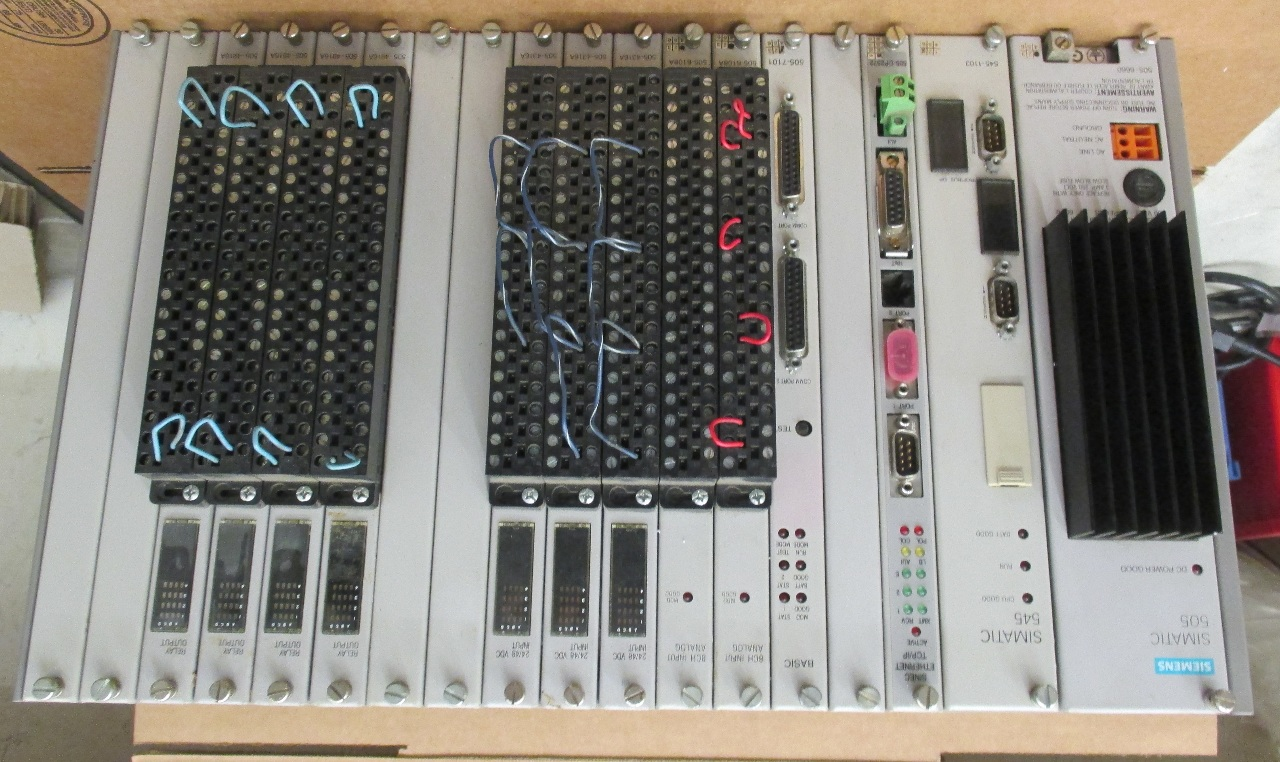 Siemens Simatic 505 PLC Rack with power supply and cards w