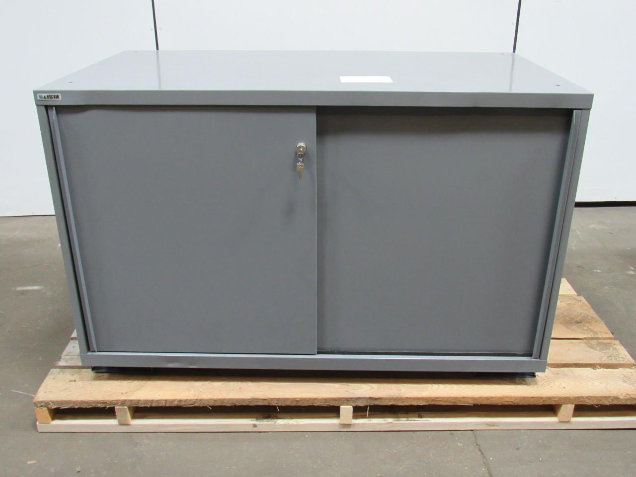 Doors Tool & Metal Rolling Garage Tool File Storage