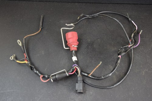 small resolution of 1986 1987 johnson evinrude wiring harness 582756 65 70 hp trailer wiring harness 4 plug wiring