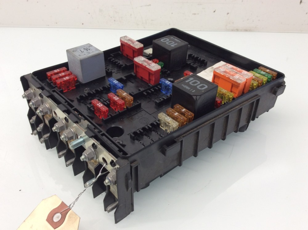 medium resolution of 2007 2008 volkswagen eos engine fuse box relay 1k0937124k vw eos fuse box layout vw eos