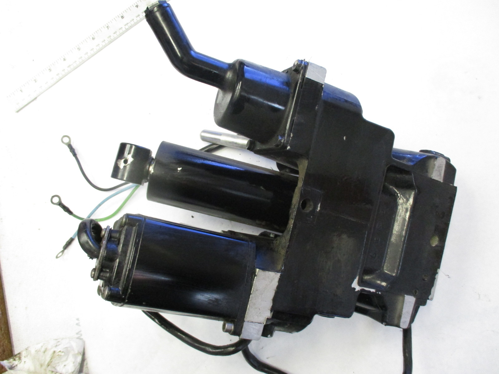 Mercury And Us Mariner Power Trim Motors And Assemblies Mastertech