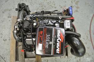 Mercruiser Alpha One Motor 140 HP 4 Cylinder 30 Liter