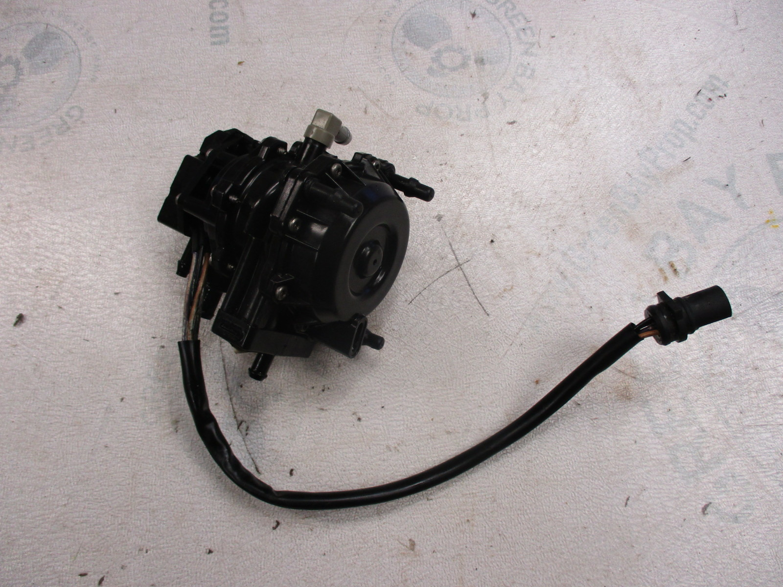 0175230 Evinrude Johnson VRO VRO2 Fuel Pump 40 Hp Parts