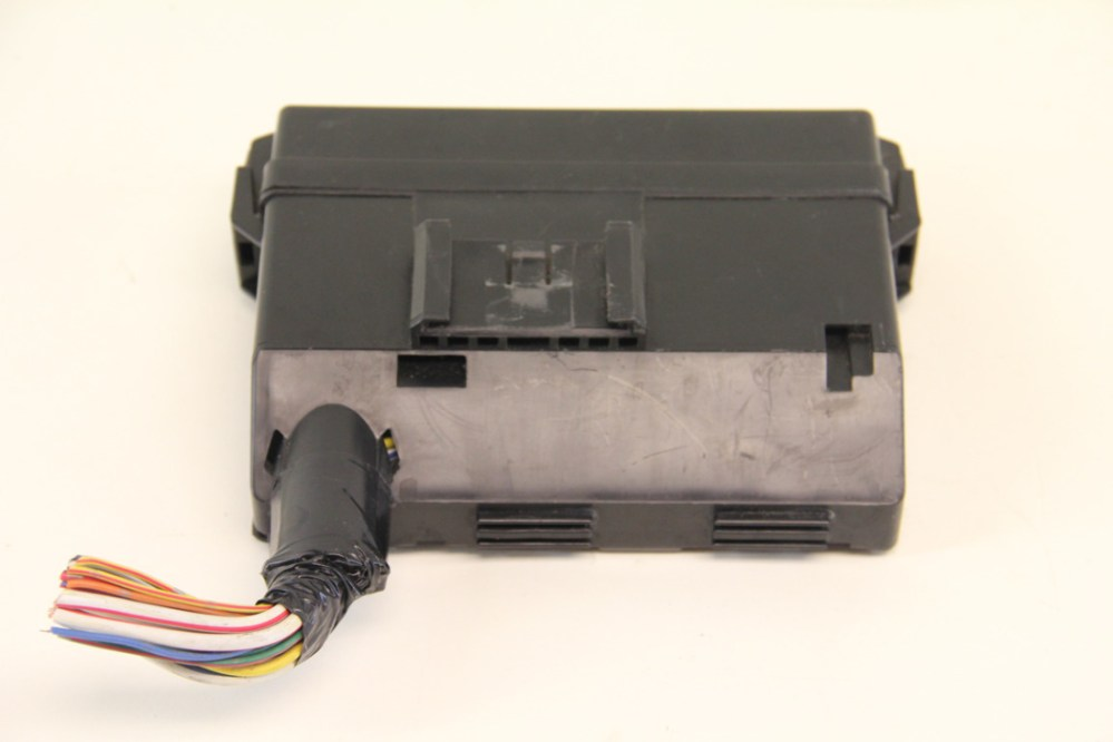 medium resolution of infiniti g35 24381 c9900 small under hood front fuse relay 2003 infiniti g35 fuse box location