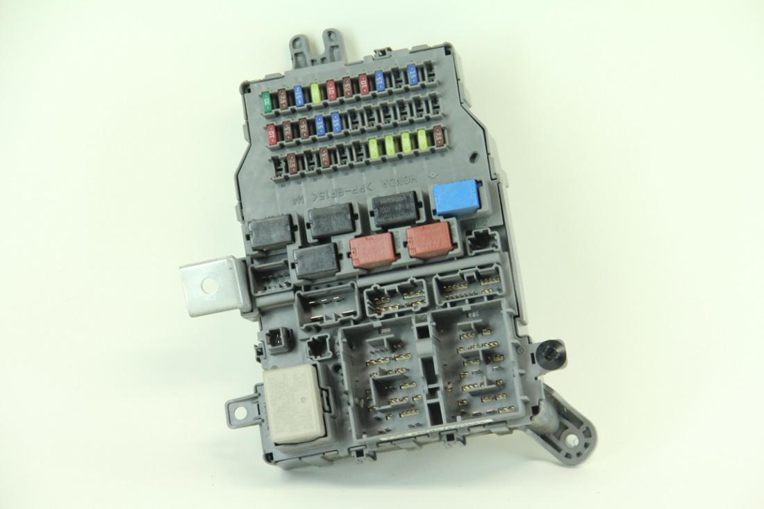 hight resolution of honda accord sedan lx 03 05 interior fuse box relay 38200 sda a01 2005