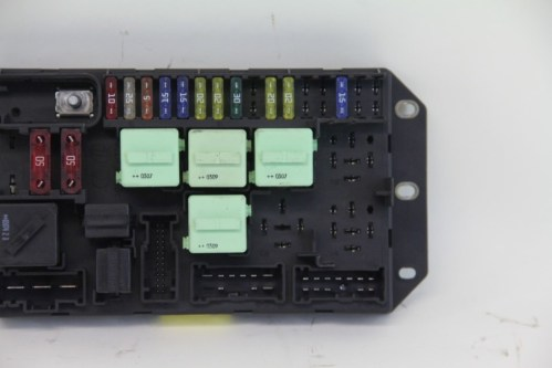 small resolution of land range rover fuse relay box yqe000350 oem 03 04 05 2004 range rover fuse box location 2004 range rover fuse box