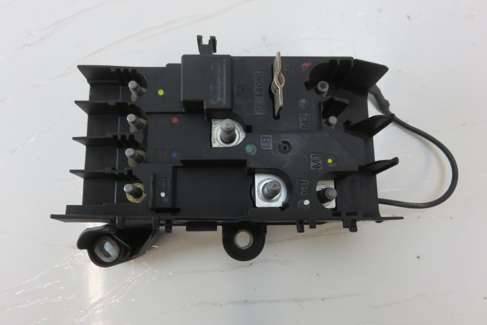 hight resolution of mercedes w222 s550 fuse box front engine bay 2225402350