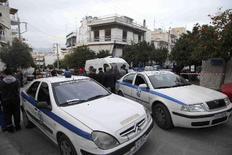 Από πυρά αστυνομικού έχασε τη ζωή του ο 25χρονος άνδρας στη διάρκεια επιχείρησης στον Βύρωνα, σύμφωνα με τα αποτελέσματα της βαλλιστικής εξέτασης.