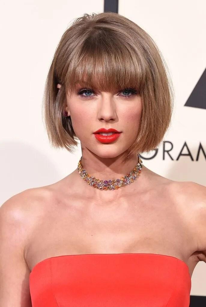 Taylor Swift Grammys Haircut  Taylor Swift New Short Bob Hairstyle  Teen Vogue