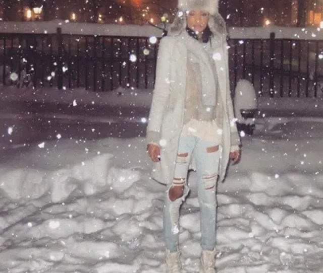 Chanel Iman Looked Picture Perfect In Her Neutral Toned Outfit In The Middle Of The Blizzard
