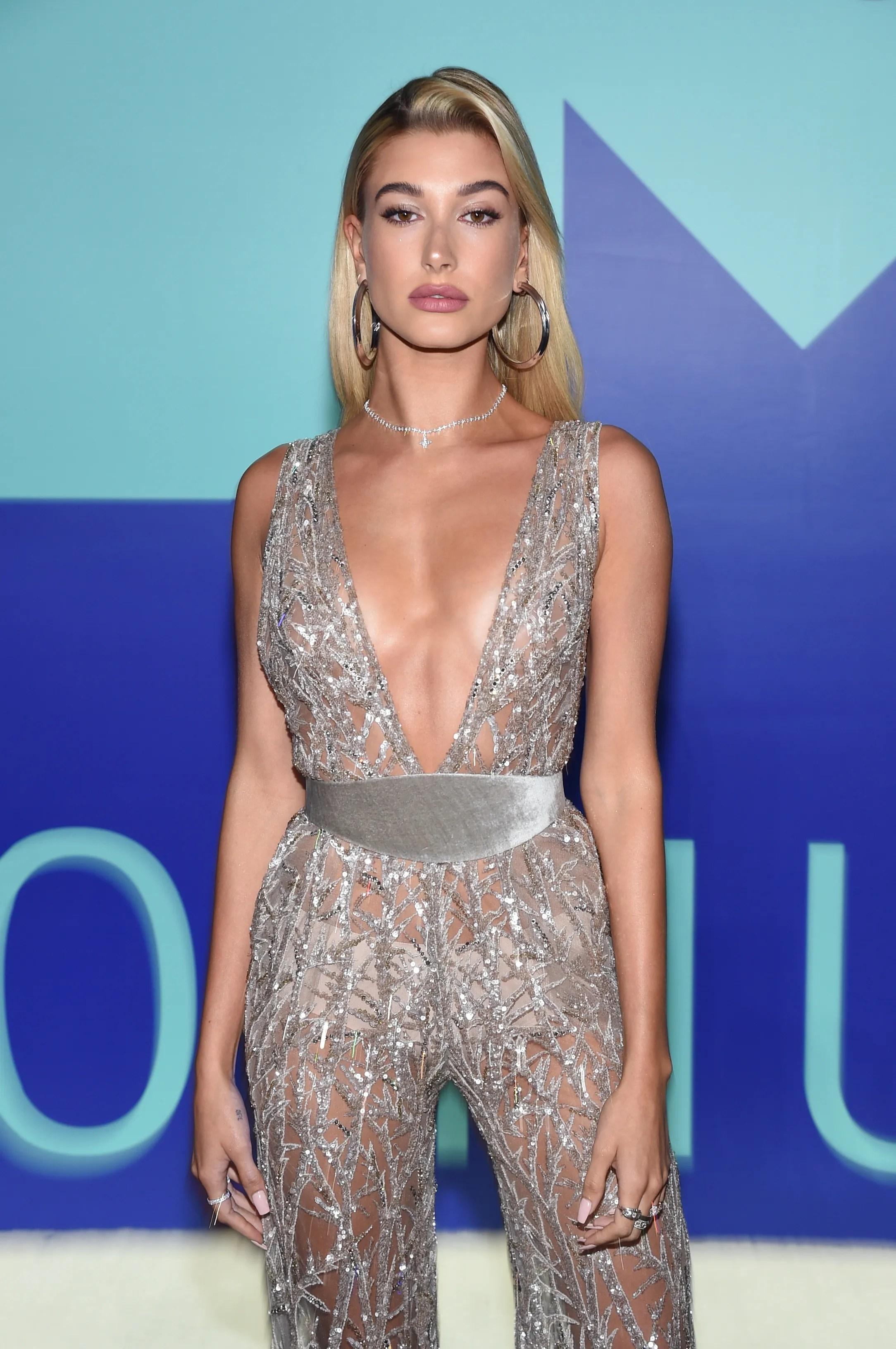 VMAs 2017 The Best Red Carpet Beauty Looks Teen Vogue