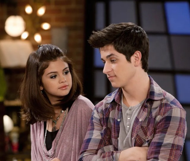 Selena Gomez Thirdwheeled Her Wizards Of Waverly Place Costars Date Night