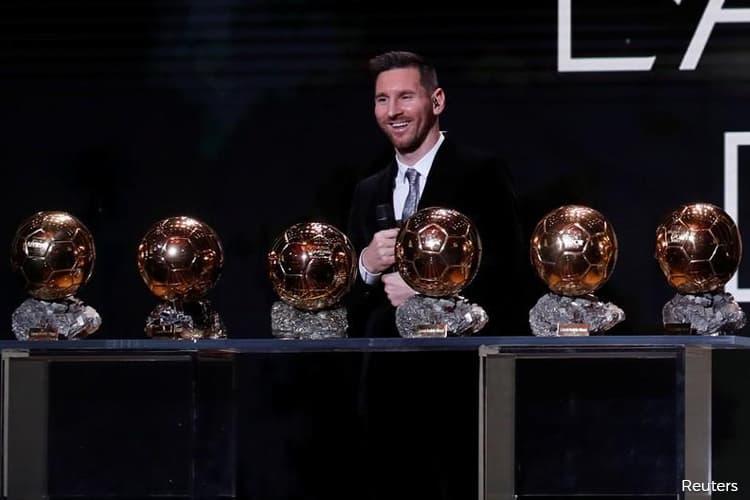 Messi Claims Record Sixth Ballon D Or Rapinoe Wins Women