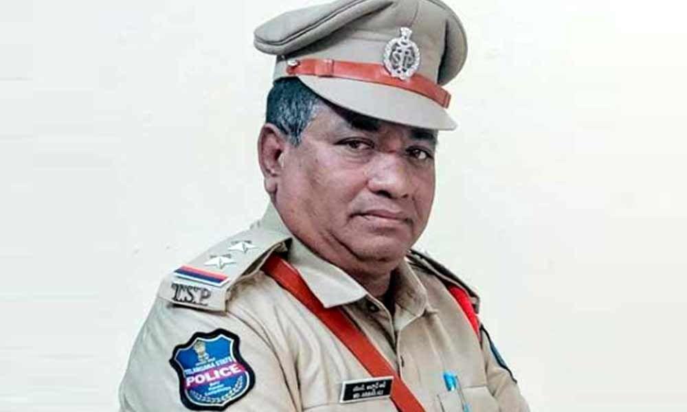 కరోనాతో మాదాపూర్ SI మృతి-TNI బులెటిన్