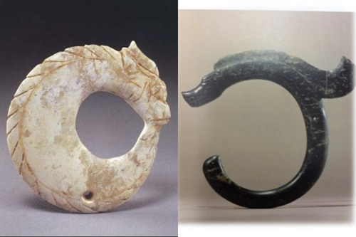 On Evolution of Images of Chinese Dragons Through Jade
