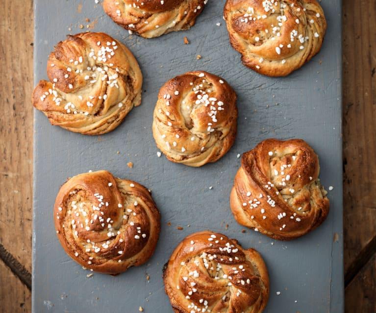 kanelbullar swedish cinnamon buns