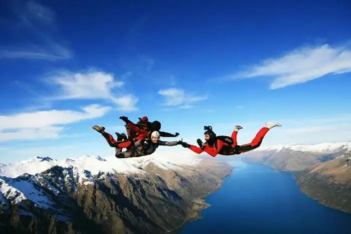 Skydiving, experience the spectacular aerial view of Mauritius