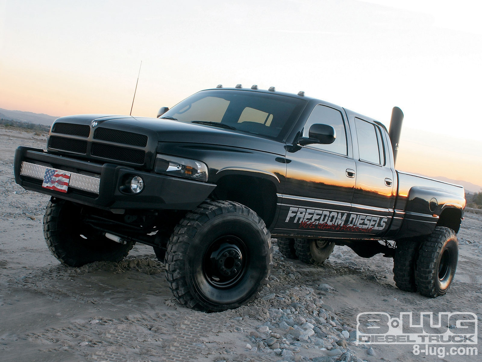 hight resolution of 1998 dodge ram 3500 crew cab front left view