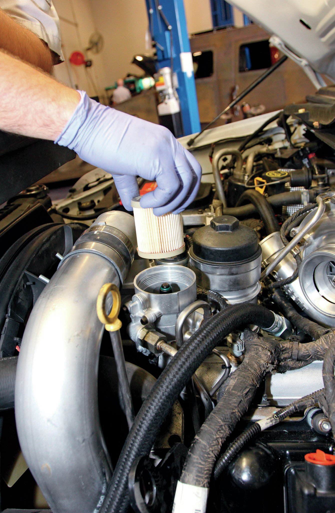 tips and tricks for a quick and easy filter change fuel filter basicsfuel filter basics ford [ 1340 x 2048 Pixel ]