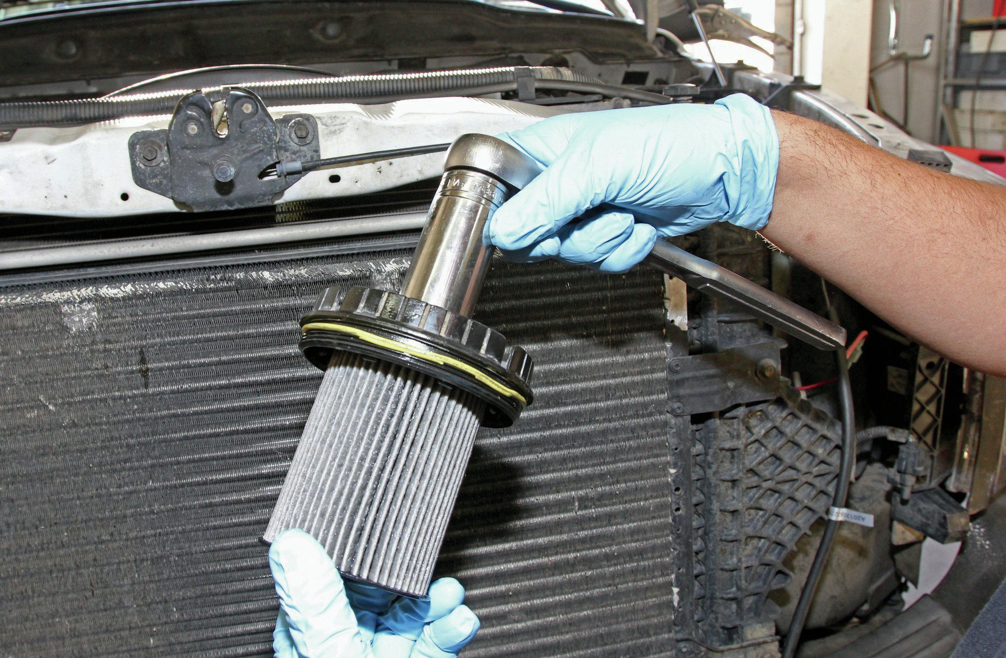 hight resolution of tips and tricks for a quick and easy filter change fuel filter basicsram 5500 fuel filter