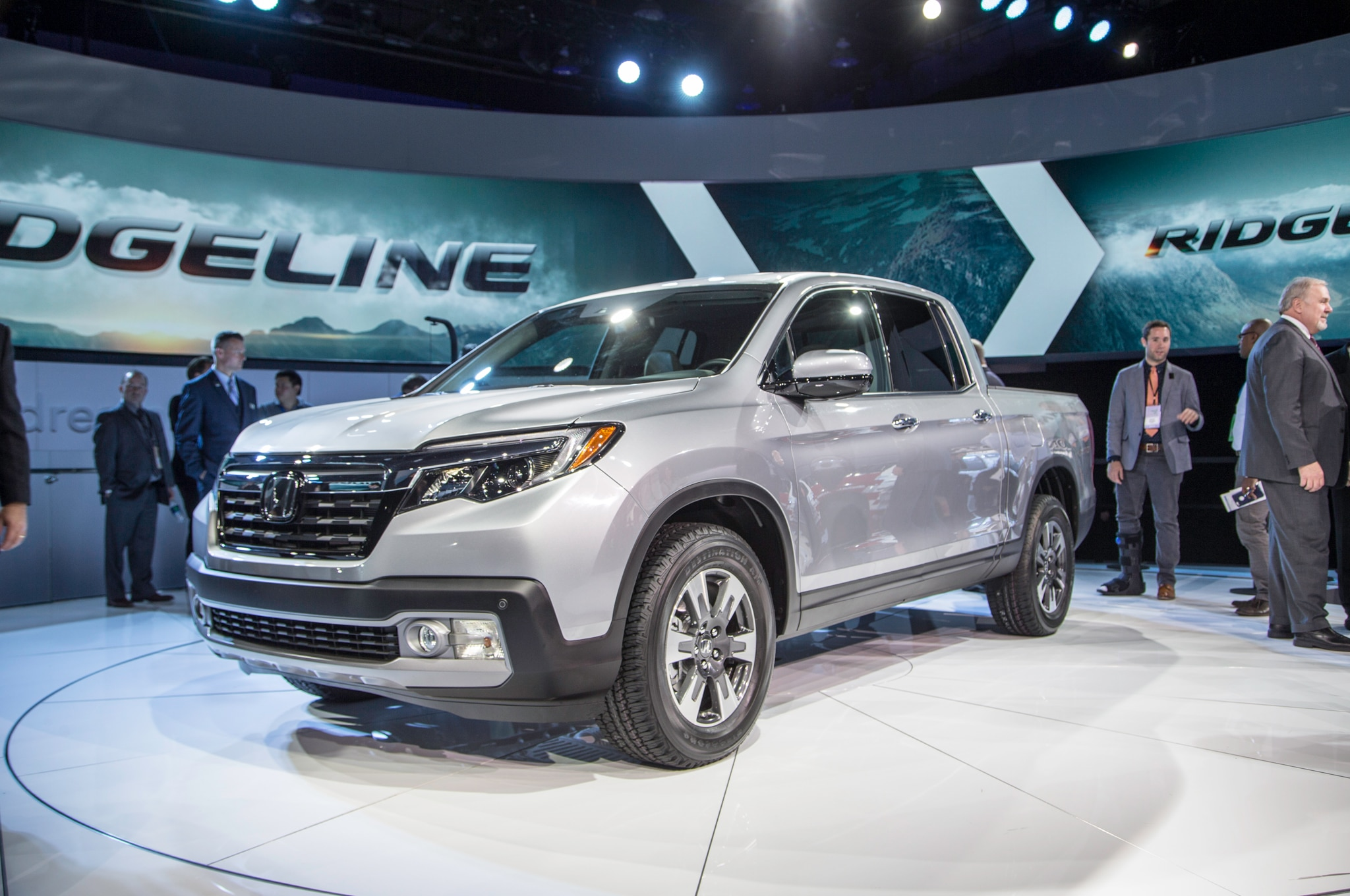 medium resolution of 2017 honda ridgeline front three quarter