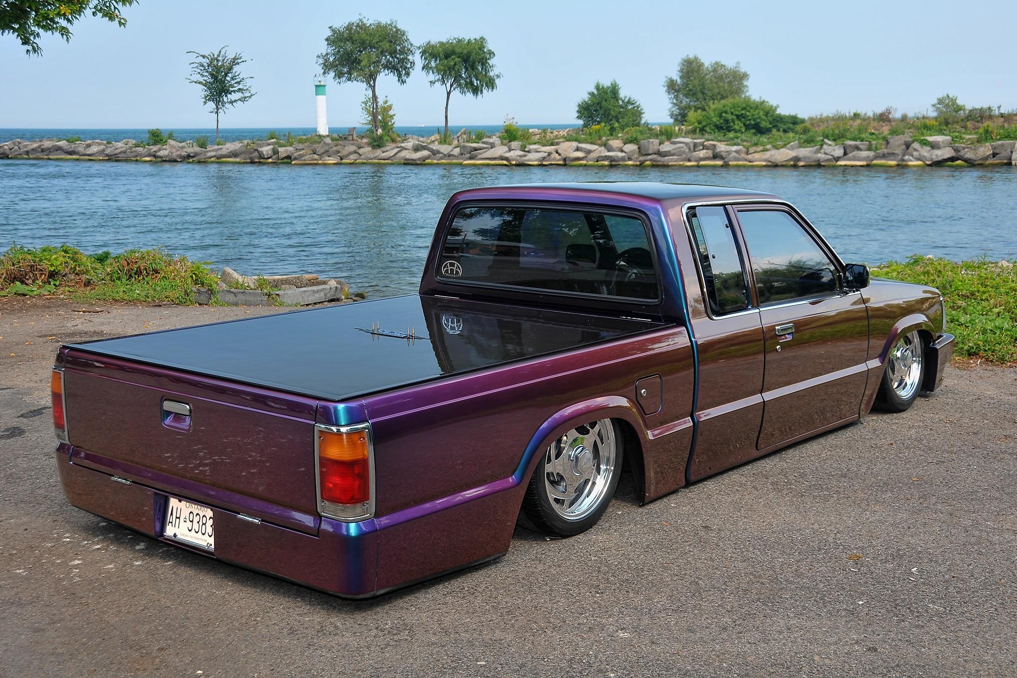 medium resolution of 03 1991 mazda b2200 rear three quarter