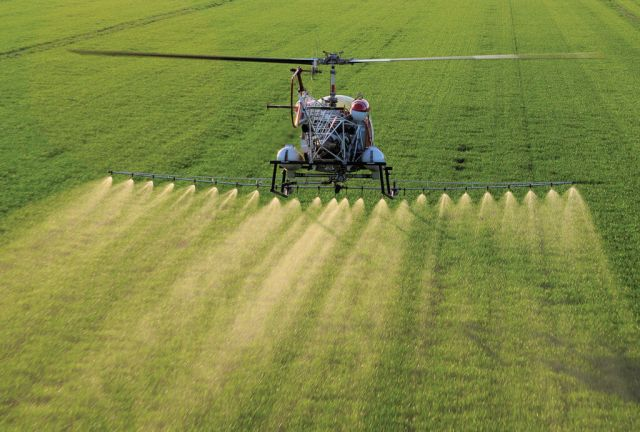Upper-level models can be coupled with AG-NAV's automatic flow control units, devices that measure and dispense liquid and granular fertilizers and pesticides, reducing both waste and overlap while increasing application accuracy.