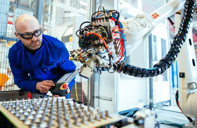Safran Helicopter Engines' new turbine blade production line is highly automated, resulting in shorter cycles and less scrap, the company said. Cyril Abad/Safran Photo