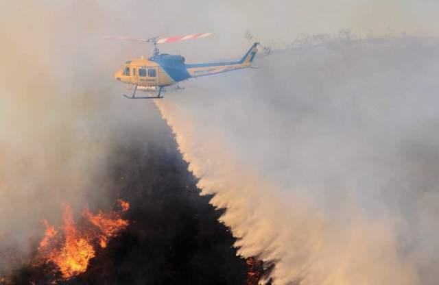 In describing the fire behavior over the first few days, Ventura County pilot Alex Keller said,