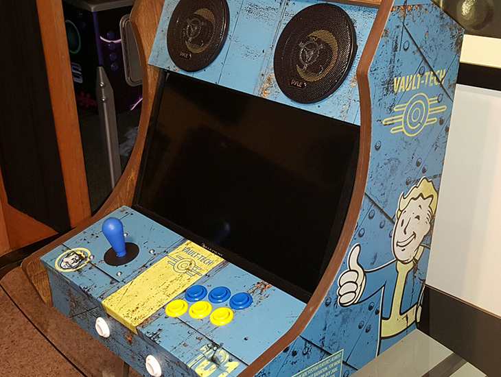 Fanmade Fallout arcade cabinet is Vault Boyapproved  VG247