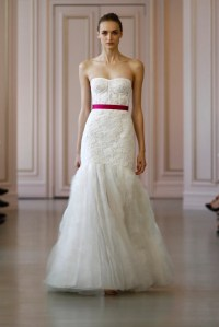 Oscar de la Renta Bridal Spring 2016 Collection - Vogue