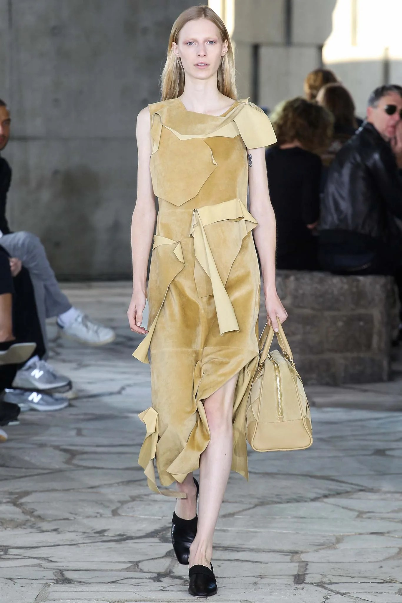 Loewe Spring 2015 Ready To Wear Collection Photos Vogue