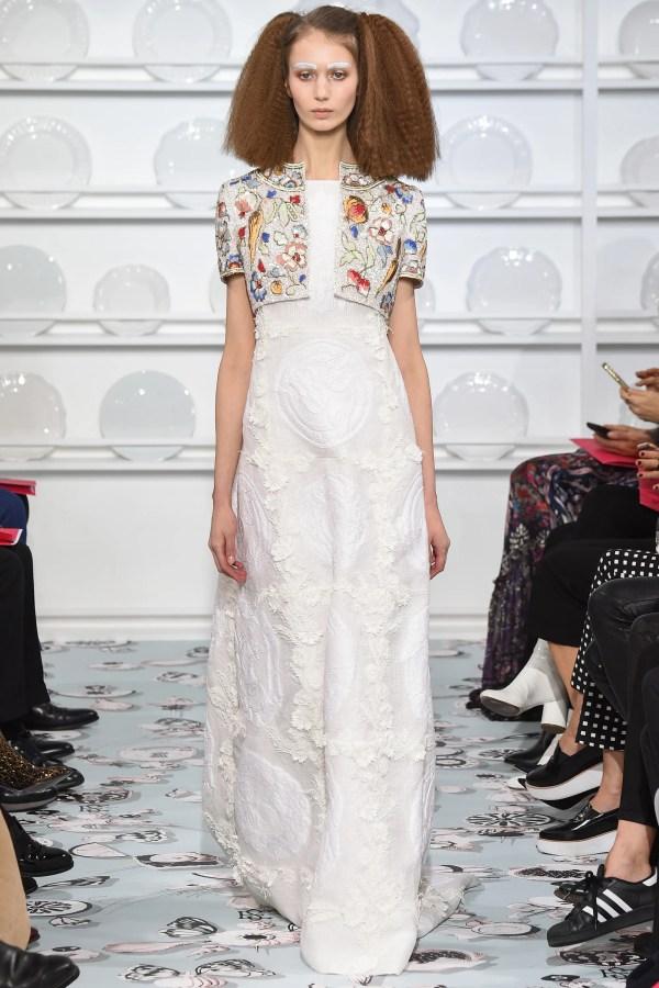 Schiaparelli Spring 2016 Couture Collection - Vogue