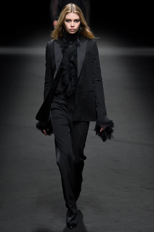 Versace Spring/Summer 2017 Menswear