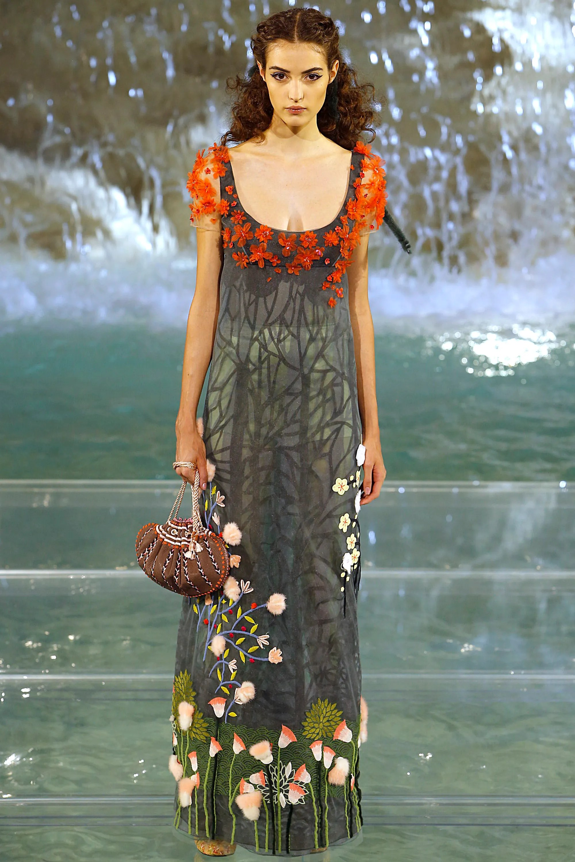 Fendi Couture FW16 Fall/Winter 2016 womenswear