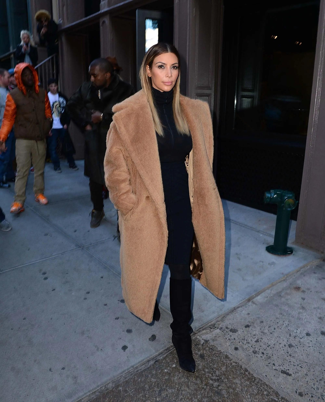 Rezultate imazhesh për kim kardashian max mara fur coat