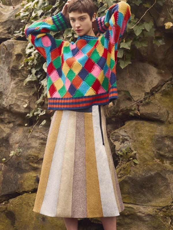 knitGrandeur: Intricate Intarsias