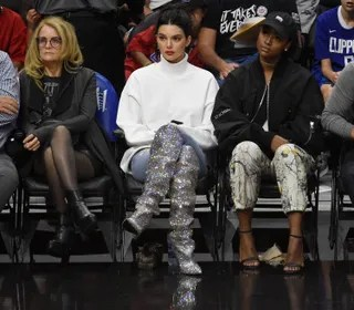LOS ANGELES, CA - NOVEMBER 4: Kendall Jenner attends the basketball game between Los Angeles Clippers and Memphis Grizzlies at Staples Center November 4 2017, in Los Angeles, California. (Photo by Kevork Djansezian/Getty Images)